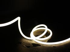 福建2835柔性灯带-360度发光
